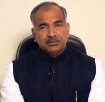राज्य के बाहर फंसे लोगों की मदद को सरकार तत्पर: शिक्षा मंत्री
