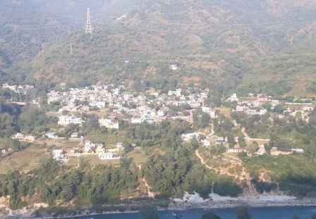 Uttarakhand Migrants: 'प्रवासी' लोगों के लौटने के बाद से संकट में 'पहाड़'