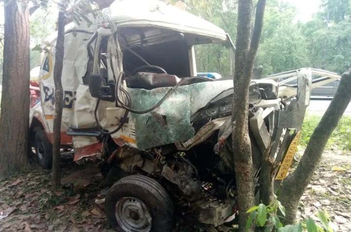 डोईवाला राजमार्ग पर मणि माई मंदिर के पास दर्दनाक हादसा, 4 की मौत