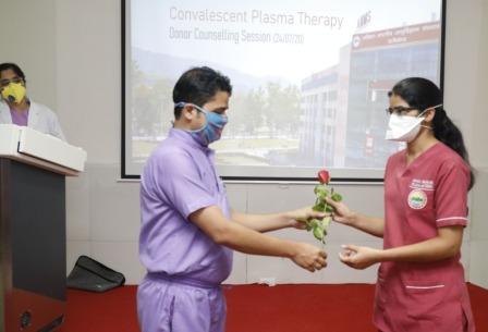 AIIMS Rishikesh: प्लाज्मा दान करके गंभीर रोगियों की मदद कर सकते हैं कोरोना वारियर्स