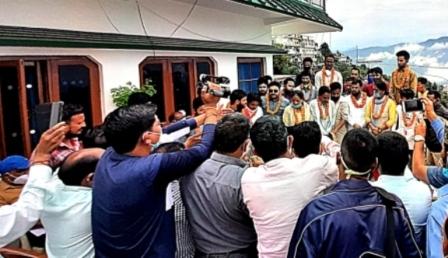 टिहरी में सत्तारूढ़ भाजपा को झटका, 27 पदाधिकारी एवं कार्यकर्ताओं ने थामा उजपा का दामन