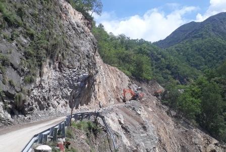 Rishikesh-Badrinath highway: ऋषिकेश-बदरीनाथ राजमार्ग फिर एक माह के लिए बंद