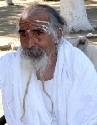 एनएमसीजी के आश्वासन पर मातृ सदन के स्वामी शिवानंद का अनशन समाप्त