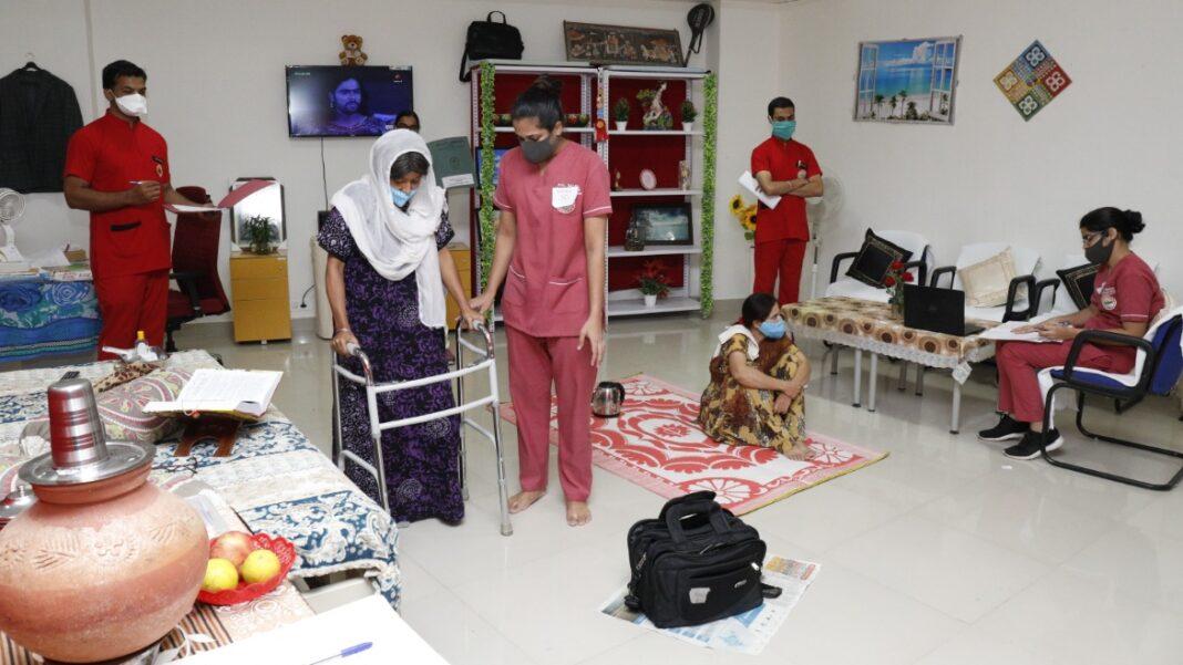 AIIMS Rishikesh: एम्स में सिम्युलेशन प्रणाली से हुई नर्सिंग की शैक्षणिक नवाचार परीक्षा