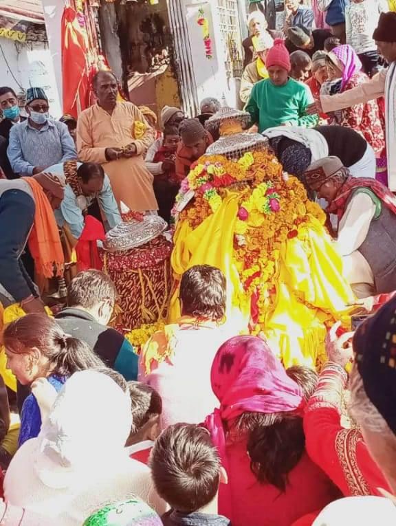 तृतीय केदार भगवान तुंगनाथ अपने शीतकालीन गद्दीस्थल मक्कूमठ में हुए विराजमान