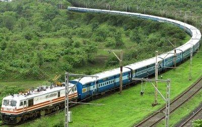 नए साल पर शताब्दी, जनशताब्दी समेत पांच ट्रेनों का संचालन ठप