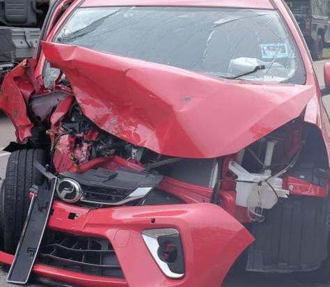 डोबरा-चांठी पुल घूमने आए पर्यटकों की कार खाई में गिरी, दो की मौत, तीन घायल