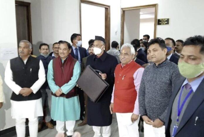 Uttarakhand Budget: उत्तराखंड सरकार आज करेगी 59 हजार करोड़ रुपये का बजट पेश
