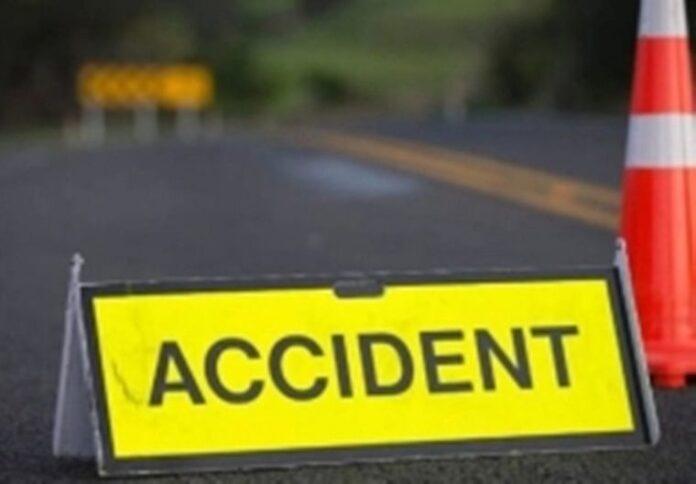 मसूरी देहरादून मार्ग पर कार हादसा, 2 लोगों की मौत, 5 घायल