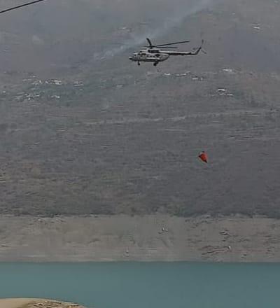 उत्तराखण्ड में वनाग्निः एयरफोर्स के हेलीकॉप्टर हुए तैनात, टिहरी झील से पानी भरकर प्रभावित क्षेत्र के लिए भरी उड़ान