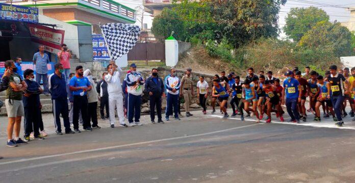 आजादी अमृत महोत्सव के तहत मैराथन दौड़ का आयोजन
