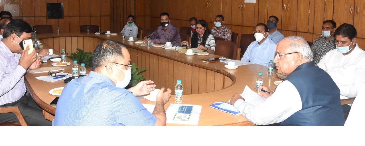 शहरी विकास मंत्री बंशीधर भगत ने दिए प्रस्तावित परियोजनाओं के प्रस्ताव व डीपीआर को तेजी से बनाने के निर्देश