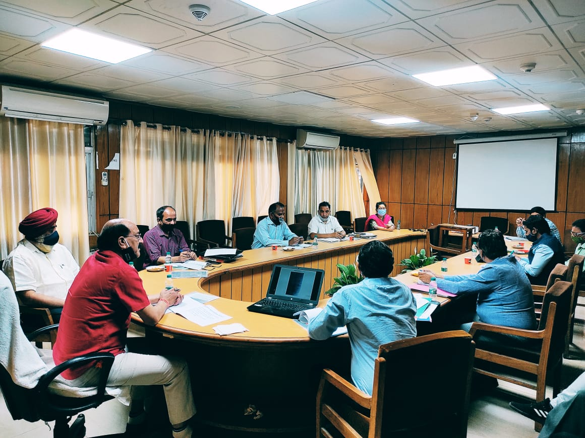 कृषि मंत्री ने दिए जड़ी-बूटियों के दस्तावेजीकरण हेतु सिंगल डेस्क प्लेटफार्म विकसित करने के निर्देश