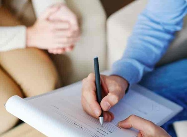एम्स में कार्यरत युवा चिकित्सकों, शिक्षकों एवं कर्मचारियों को नियमित काउन्सलिंग सेवा