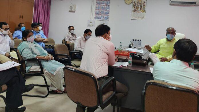 10 वीं एवं 12 वीं के परीक्षाफल घोषित करने के संबंध में शिक्षा मंत्री ने दिए निर्देश