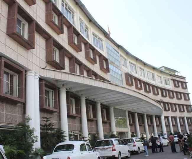Uttarakhand: टाॅप ब्यूरोक्रेसी में बड़े फेरबदल की तैयारी, कभी भी हो सकते आदेश जारी