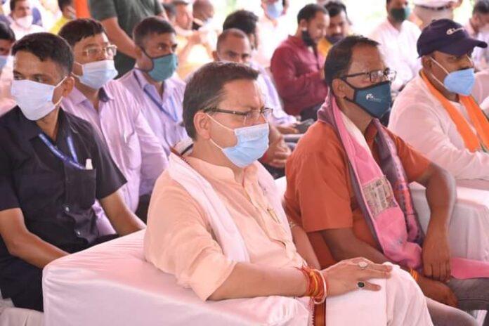 ग्रामीण इलाकों के लाखों बुनकरों में जगी नई उम्मीद: धामी