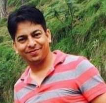 दुःखद हादसाः पहाड़ी से कार पर पत्थर गिरा, डिग्री कालेज के प्रवक्ता मनोज सुंदरियाल की मौत