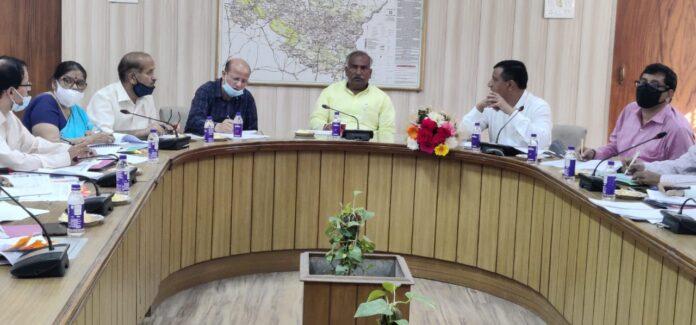 शिक्षा मंत्री अरविन्द पाण्डेय ने शिक्षा एवं शिक्षा व्यवस्था के उन्नयन को अधिकारियों को दिए निर्देश
