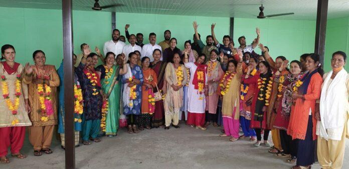 उत्तराखंड जनएकता पार्टी की महिला मोर्चा की चंबा ब्लाक और शहर कार्यकारिणी का गठन