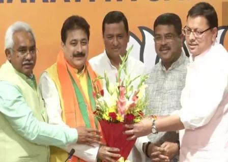 चुनाव 2022ः भाजपा में शामिल हुए कांग्रेस के विधायक