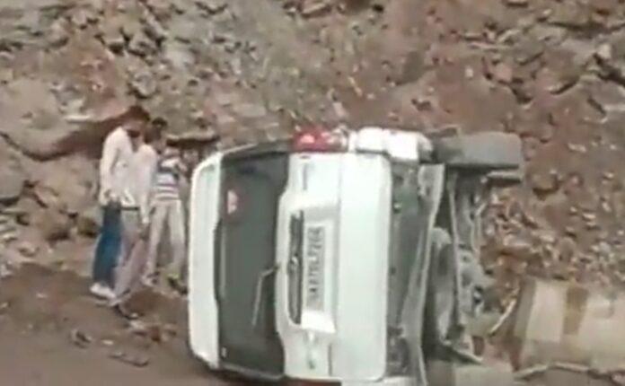 कार दुर्घटना में पूर्व मंत्री दिवाकर भट्ट घायल